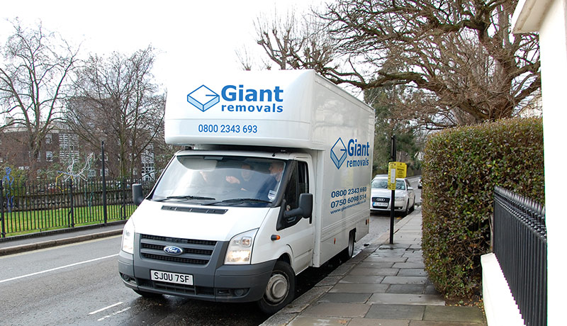 Giant Removals London - Newcastle Upon Tyne